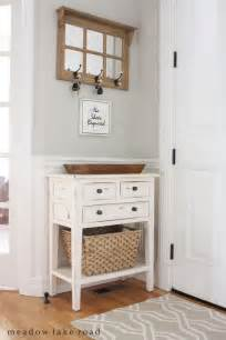 Small Entryway Table 25 Best Ideas About Small Entrance Halls On Small Entrance Small Entryways And