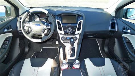 Small Cer Interior by Does The 2012 Ford Focus The Best Small Car Interior