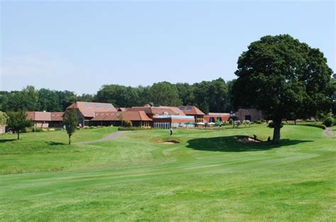 old thorns manor hotel hshire book a golf break or golf holiday old thorns golf hshire book a golf break