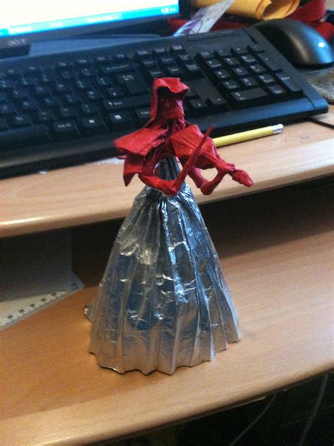 Origami Violinist - origami violinist by jacqueproductions on deviantart