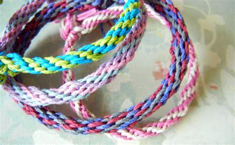 making gimp bracelets make hemp friendship bracelets and more with a kumihimo