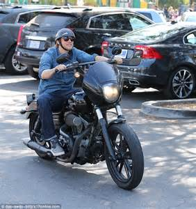 charlie hunnam cant shake his sons of anarchy alter ego as he sons of anarchy bikes season 6 www pixshark com images