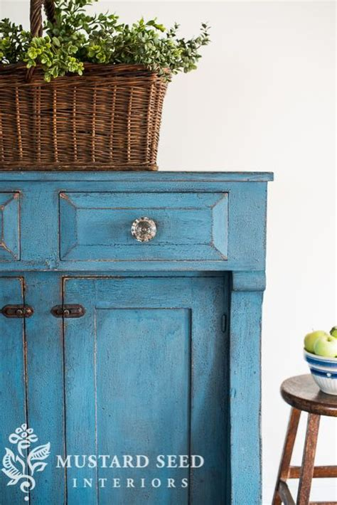 jelly cabinet chalk paint colors 17 best ideas about blue painted furniture on