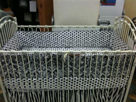 Bratt Decor Venetian Crib Antique White by 17 Best Images About Antique Crib Ideas On