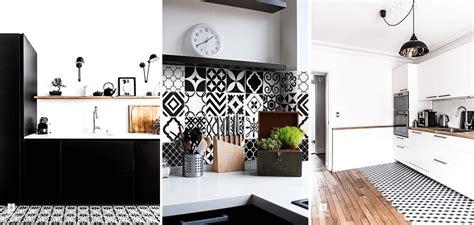Supérieur Carreaux De Ciment Salle De Bain #6: carreaux-ciment-noir-et-blanc.png