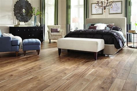 Bedroom Laminate Flooring Ideas Best Looking Laminate Flooring Bedroom Retreat Sweetness