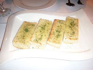 membuat garlic bread ruang santaiku cara membuat garlic bread