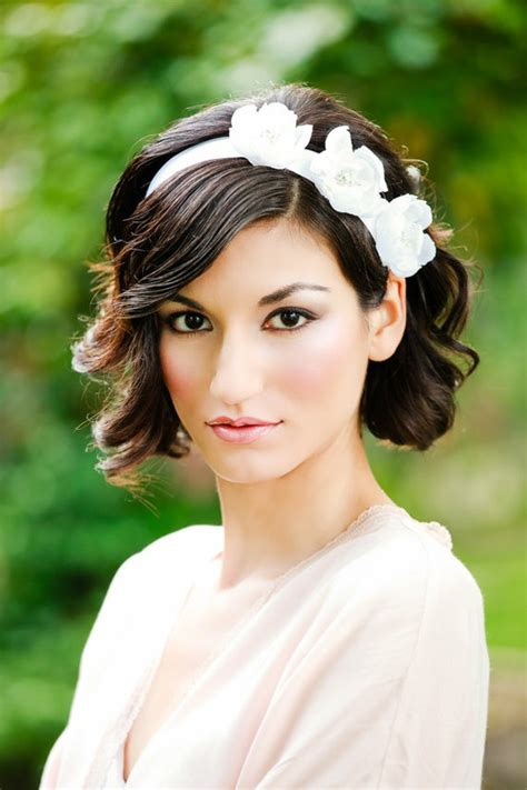 how to get those wedding hairstyles for shoulder length hair on time around my