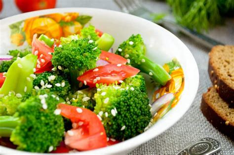 Detox Salad With Broccoli And Cauliflower by 27 Stunning Broccoli Recipes That Even Can T Resist