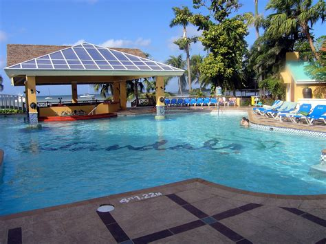 at sandals resort file the pool at sandals negril 171419342 jpg