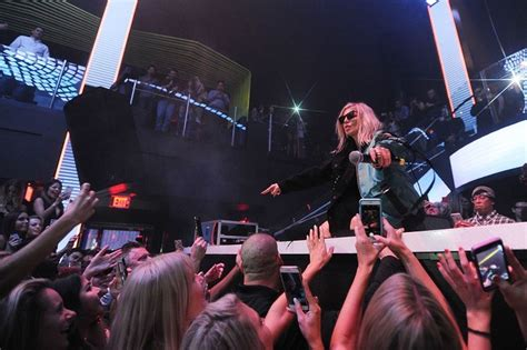Fergie And Gabrielle Union by Gabrielle Union Fergie In Miami Miami New Times