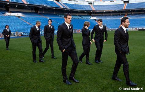 imagenes del traje del real madrid los jugadores del madrid lucen traje oficial en el