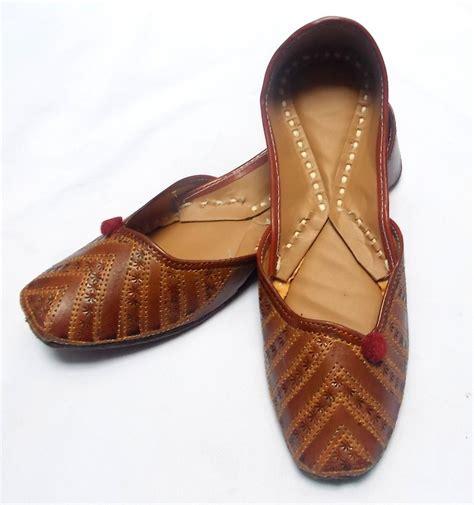 Handmade Indian Shoes - us size 7 ehs indian handmade brown mojari shoes