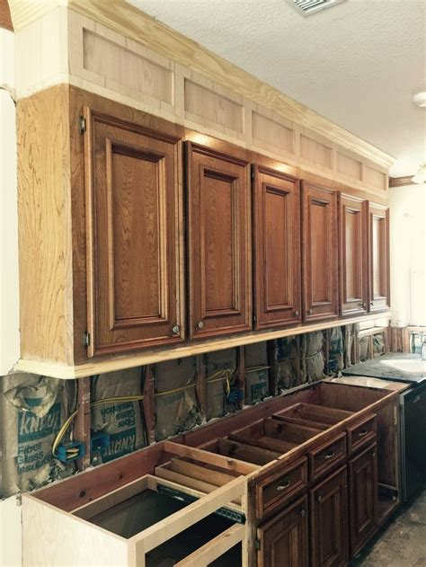 Kitchen Cabinet Restaining Best 25 Restaining Kitchen Cabinets Ideas On How To Restain Kitchen Cabinets