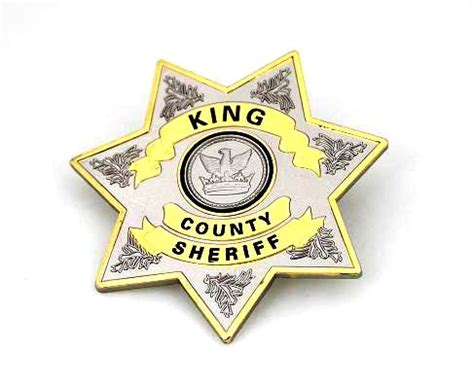 dead s badge books walking dead sheriff s badge prop replica
