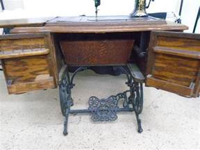 antique standard sewing machine vtg antique standard trendle sewing machine quot fpor quot local