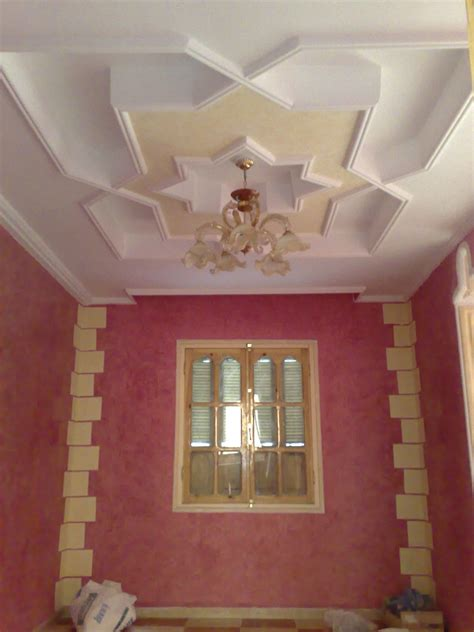 Decoration Maison Marocaine Platre by Plafond En Platre Marocain Moderne Trendy Interesting