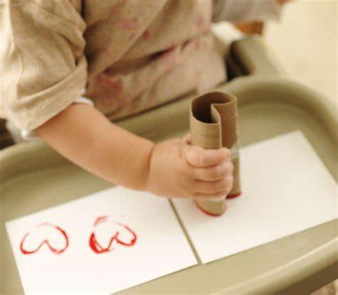 grand pere fait la toilette a sa petite fille comple id 233 es cadeaux pour la f 234 te des grands m 232 res la f 233 e biscotte