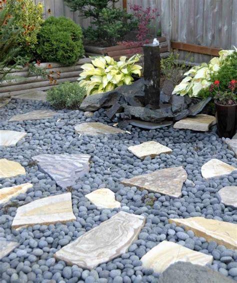 Décoration De Jardin Avec Des Galets by Idees De Jardin Avec Des Galets Idees Deco Jardin