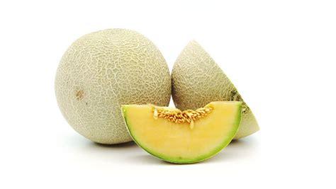 aneka manfaat buah melon  jantung  kesehatan