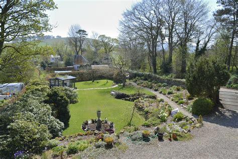 Garden With Cross Vacancy Would Be Gardeners Sought The Penicuik Cuckoo