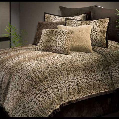 furry comforter sets 25 best ideas about fur comforter on pinterest grey fur