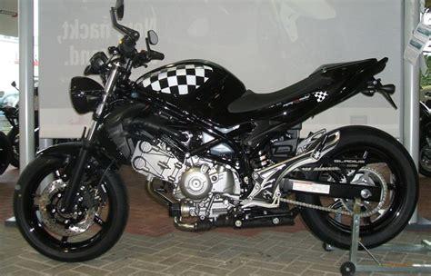 Motorrad Suzuki Gladius by Umgebautes Motorrad Suzuki Sfv 650 Gladius Von Zweirad