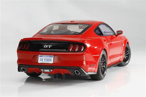 Ford Mustang 2015 Auto World by Auto World 1 18 2015 Ford Mustang Gt Die Cast X