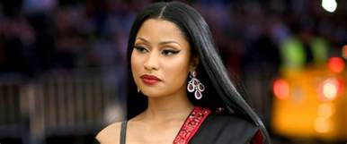 Nicki Minaj Nicki Minaj Offers To Help A Dozen Fans Pay College