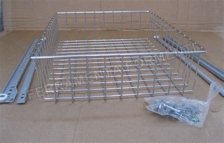 cesti estraibili per cucine cestelli estraibili per mobili da cucina mobilia la tua casa