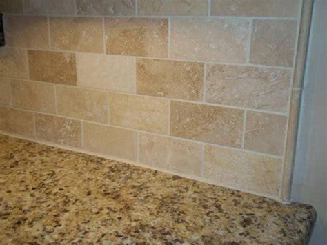 travertine tile backsplash ideas  pinterest travertine backsplash brick tile