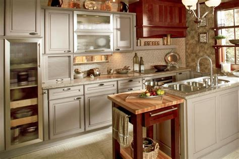 trendy and new kitchen designs in 17 exle pics mostbeautifulthings 17 top kitchen design trends hgtv