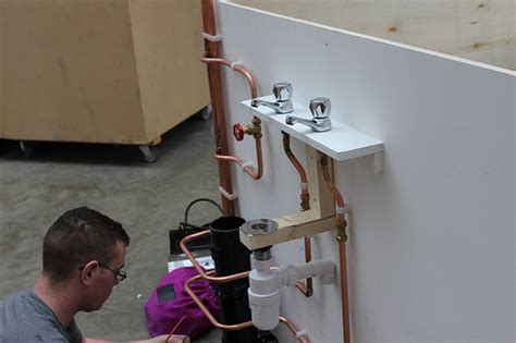 Plumbing Tips And Tricks by Plumbing Tips And Tricks That Everyone Should