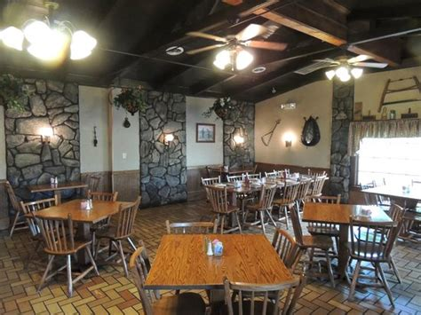 Cabin Shopping Center Restaurants by Southern Country Cooking Picture Of Log Cabin Restaurant