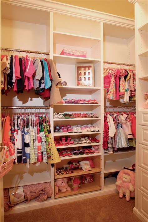 Closets And Things by Best 25 Kid Closet Ideas On Toddler Closet Organization Nursery Closet