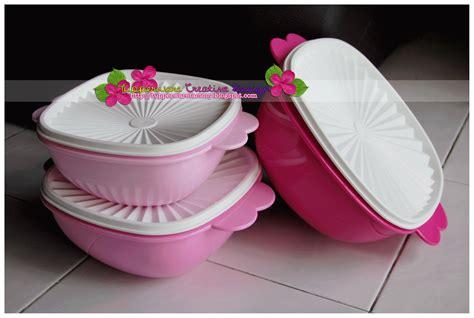 Tupperware Pitcher 4l Purple tupperware creative design overseas tupperware may 2013