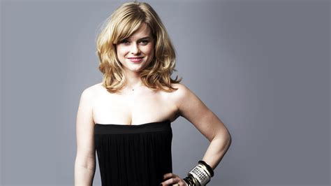 alice eve hd wallpapers alice eve wallpapers hd collection for free download