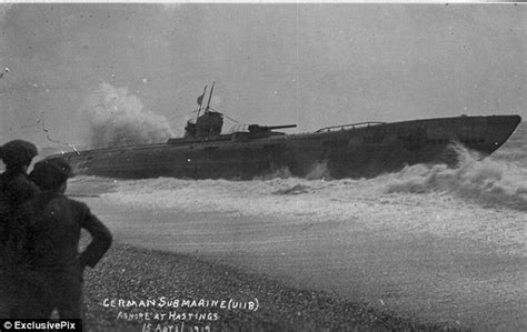 boat show hamburg ny haunting pictures show u boat washed onto beach after wwi