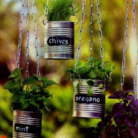 Rustic Garden Art - 25 recycled tin can crafts and projects