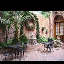 Court Yards Quarter Courtyard Home Garden