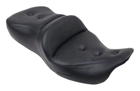 saddlemen road sofa seat saddlemen road sofa pt seat for harley trike 2011 2013