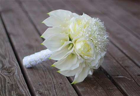 Wedding Bouquet With Calla Lilies by Calla Bouquet Calla Wedding Bouquet Ivory Roses