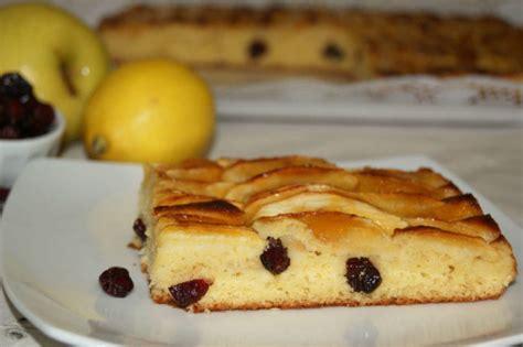 decorar bizcocho de manzana bizcocho de yogur con manzana y ar 225 ndanos anna recetas