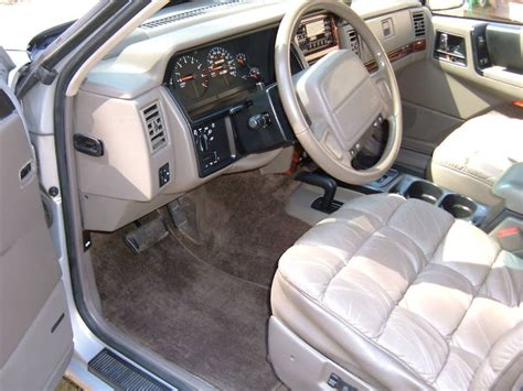 Jeep Zj Interior by File Jeep Grand Wagoneer 1993 Interior Jpg Wikimedia Commons