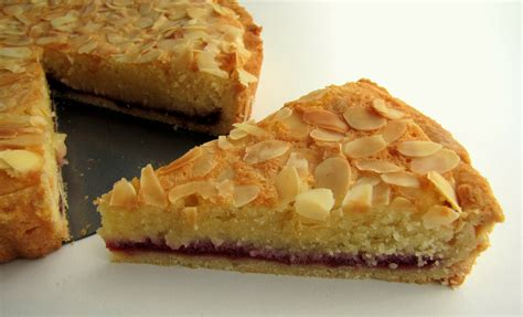 italian almond tart bake a tron