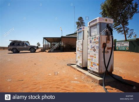 buying a house in south australia road house camerons corner outback new south wales south australia stock photo