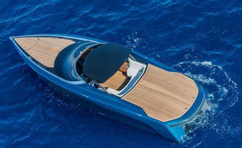 aston martin boat am37 een zijsprongetje van aston martin autoweek nl