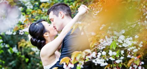 Wedding Photo Shoots by Pre Wedding Photoshoot Ideas Indoor And Outdoor