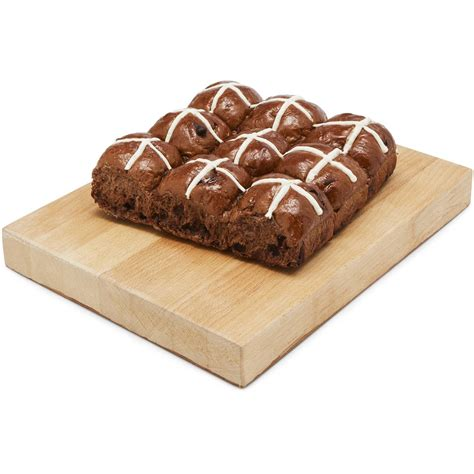 hot chips woolworths woolworths mini choc chip hot cross buns 9pk woolworths