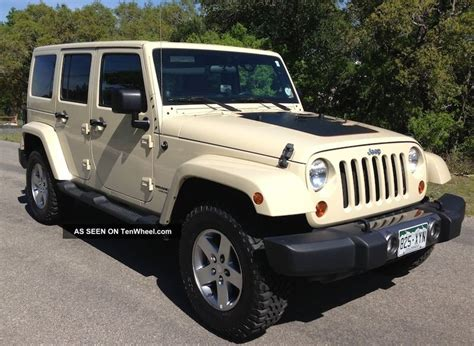 Jeep Wrangler Unlimited Tires 2011 Jeep Wrangler Unlimited Mojave Desert Edition